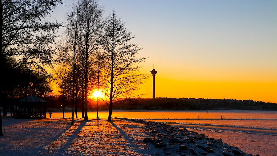 Image,Of,A,Sunset,Next,To,The,Lake,Of,Tampere,