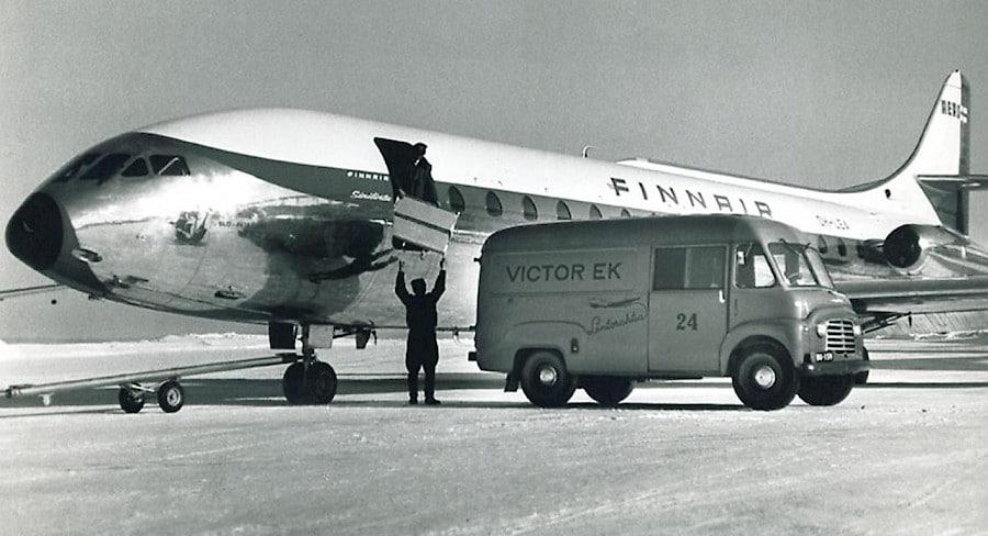 victor-ek-plane